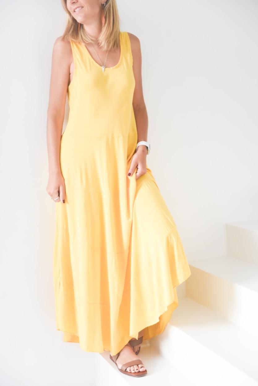 vestido amarelo liso