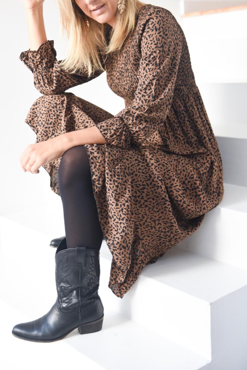 vest comp animal elast camel