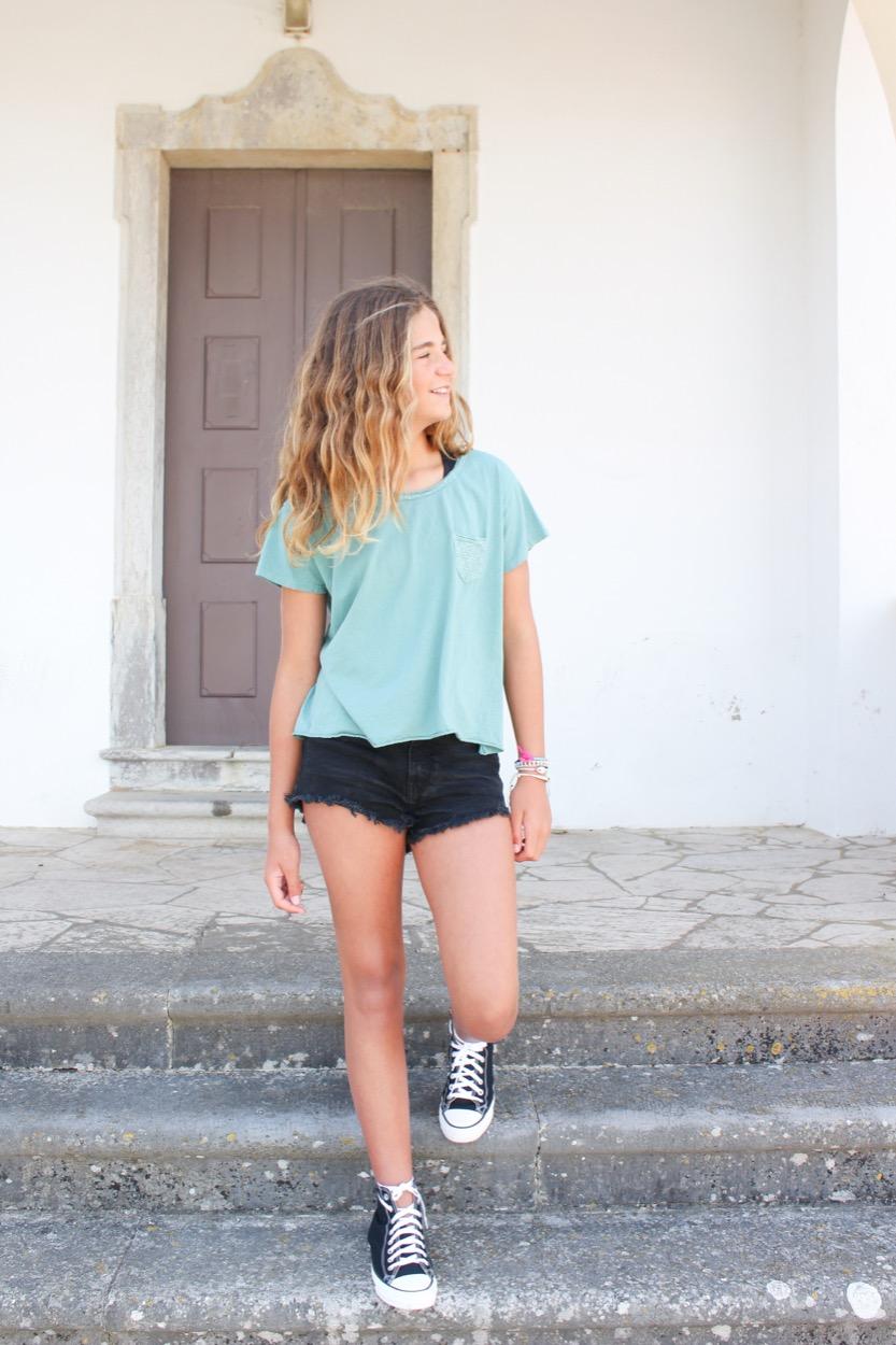 t-shirt bolso lantejoulas