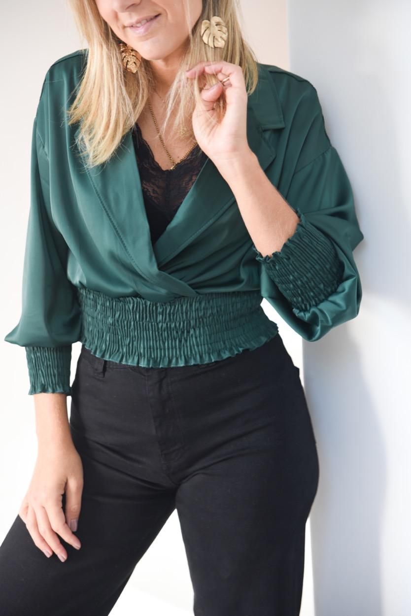 blusa elasticos cruzada verde