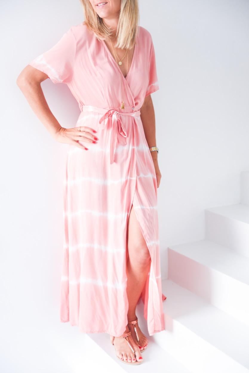 vestido tie dye cruzado salmão