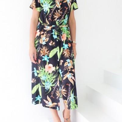 vestido camiseiro flores