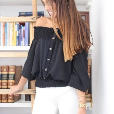 blusa elasticos ombros preto