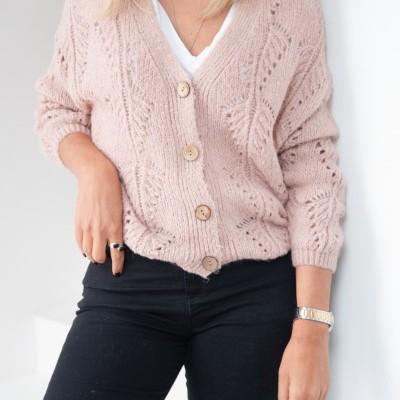casaco malha buracos rosa