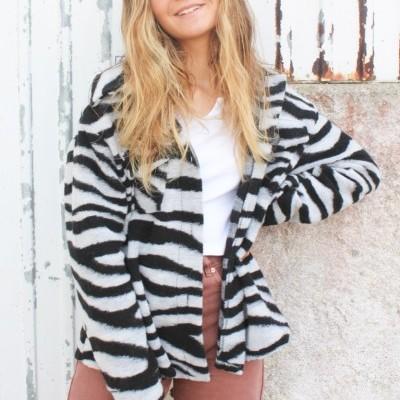 casaco zebra P&B