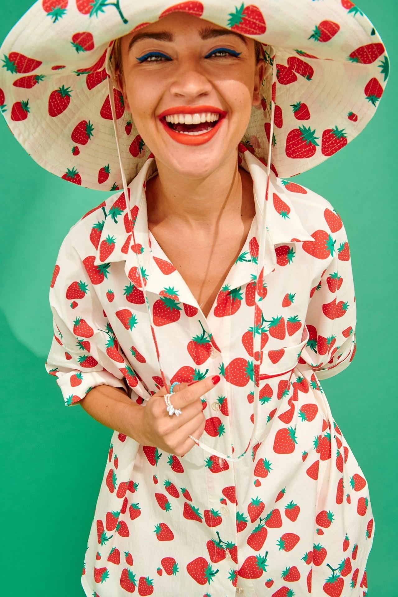 PARIS HAT (STRAWBERRIES) - KARAVAN CLOTHING