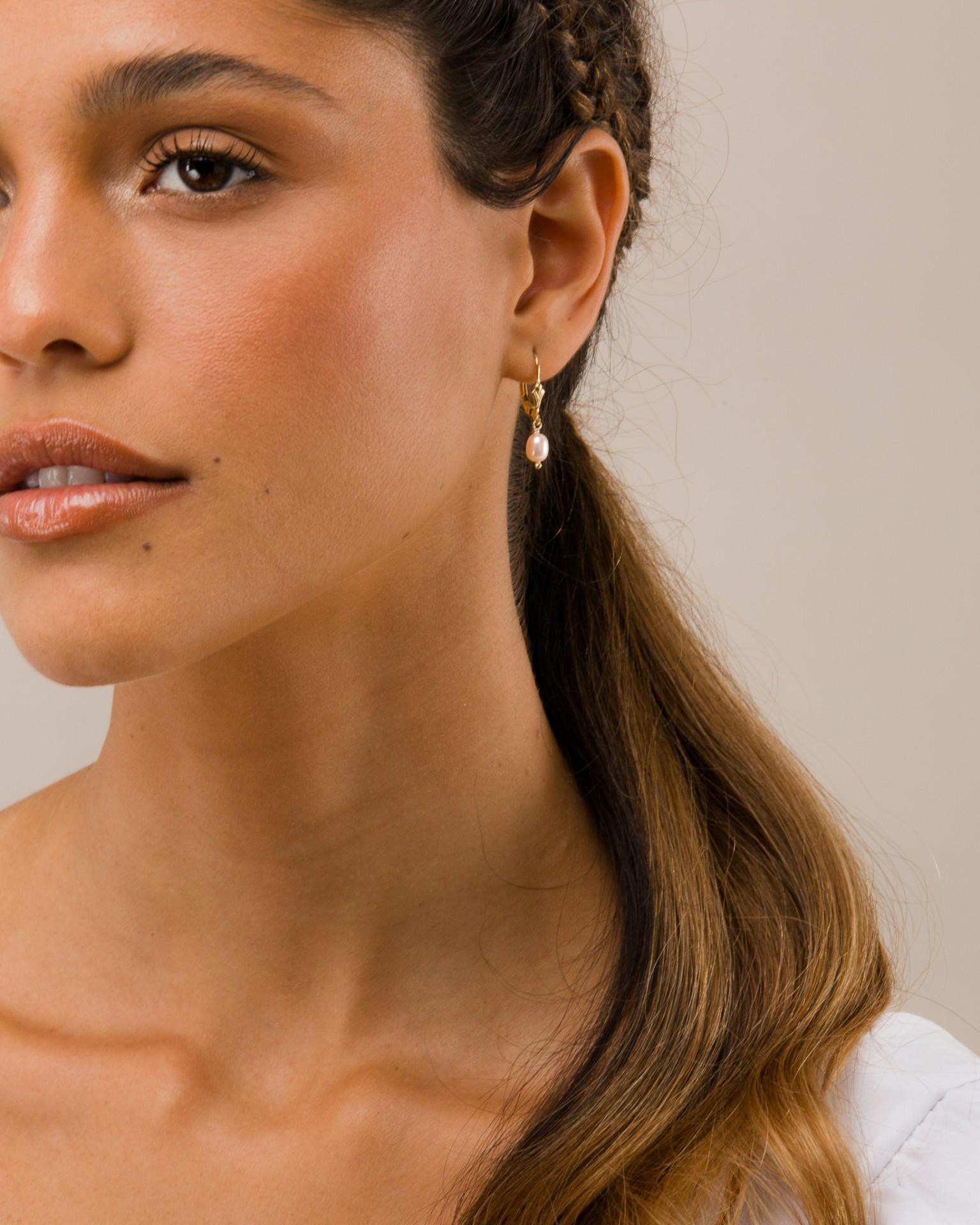 Peach Pearl Earrings - INSPIRATION HER
