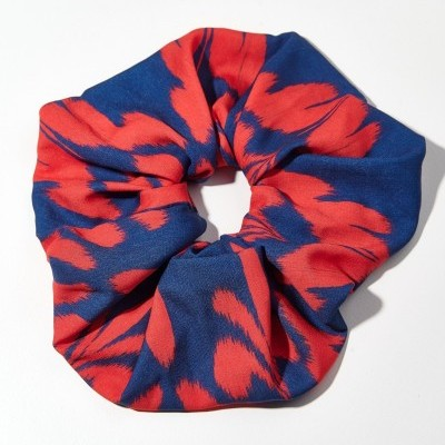 TRIBE SCRUNCHIE (IKAT BLUE RED) - KARAVAN CLOTHING
