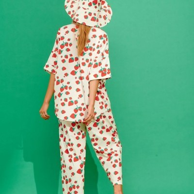 LOLA SHIRT (STRAWBERRIES) - KARAVAN CLOTHING