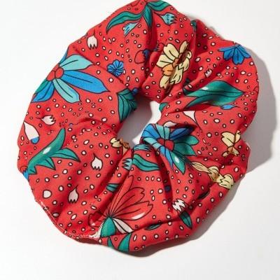 TRIBE SCRUNCHIE (RED PINEAPPLE) - KARAVAN CLOTHING