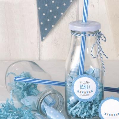 8 Garrafas com palhinha azul