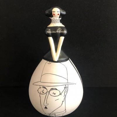Boneca Fernando Pessoa