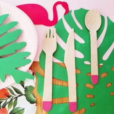 Talheres de madeira - rosa fushia x18
