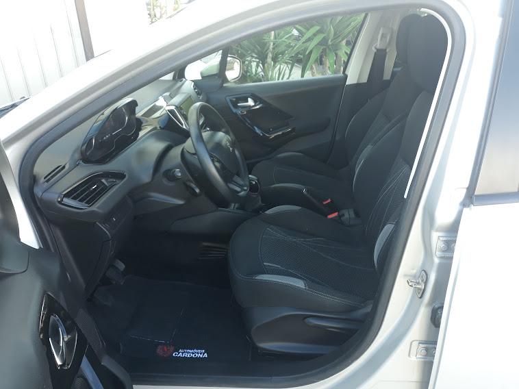 Peugeot 208 Active 1.4 HDi 70cv
