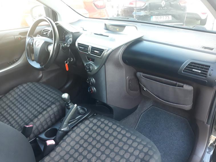 Toyota IQ 1.0 68cv