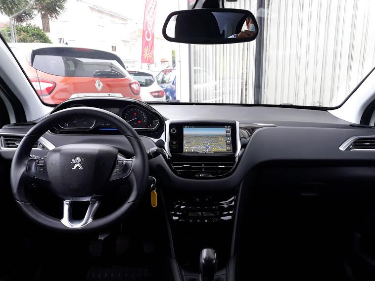 Peugeot 208 Allure 1.2 82cv