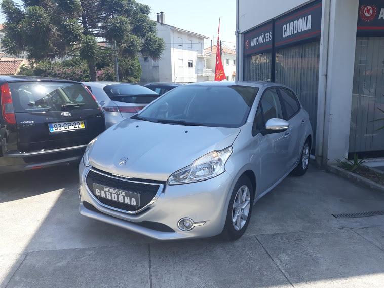 Peugeot 208 1.2 Active 82cv