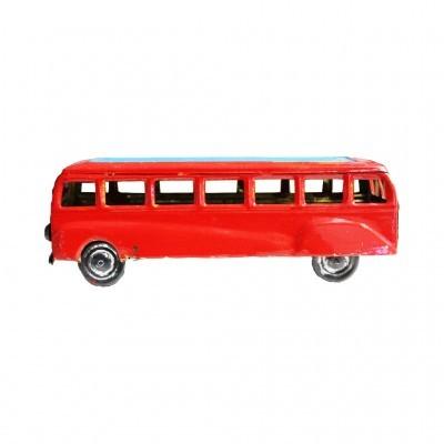 Artecri - Autocarro Artesanal de Chapa