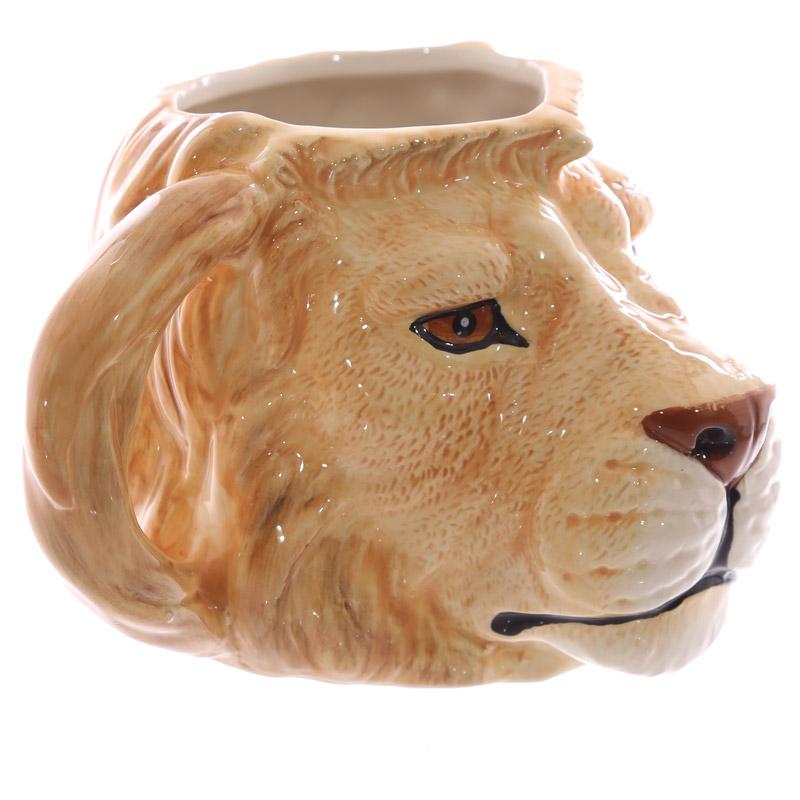 caneca de cerâmica forma cabeça de Leão