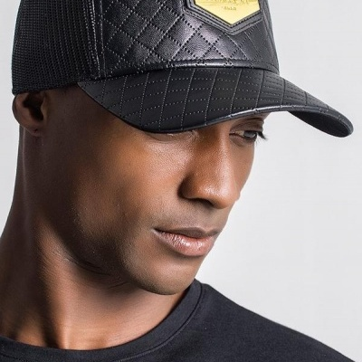 BLACK GK FAUX LEATHER QUILTED CAP