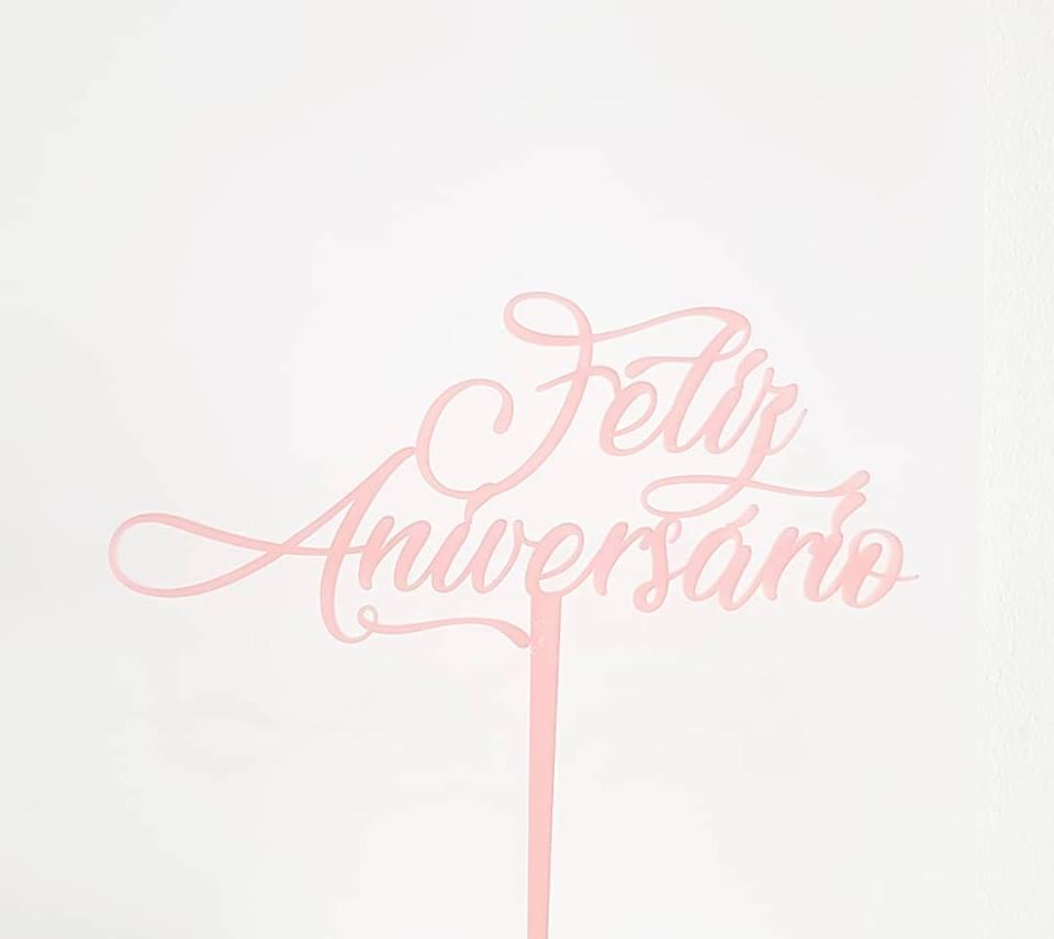 Topo de Bolo Feliz Aniversário Rosa