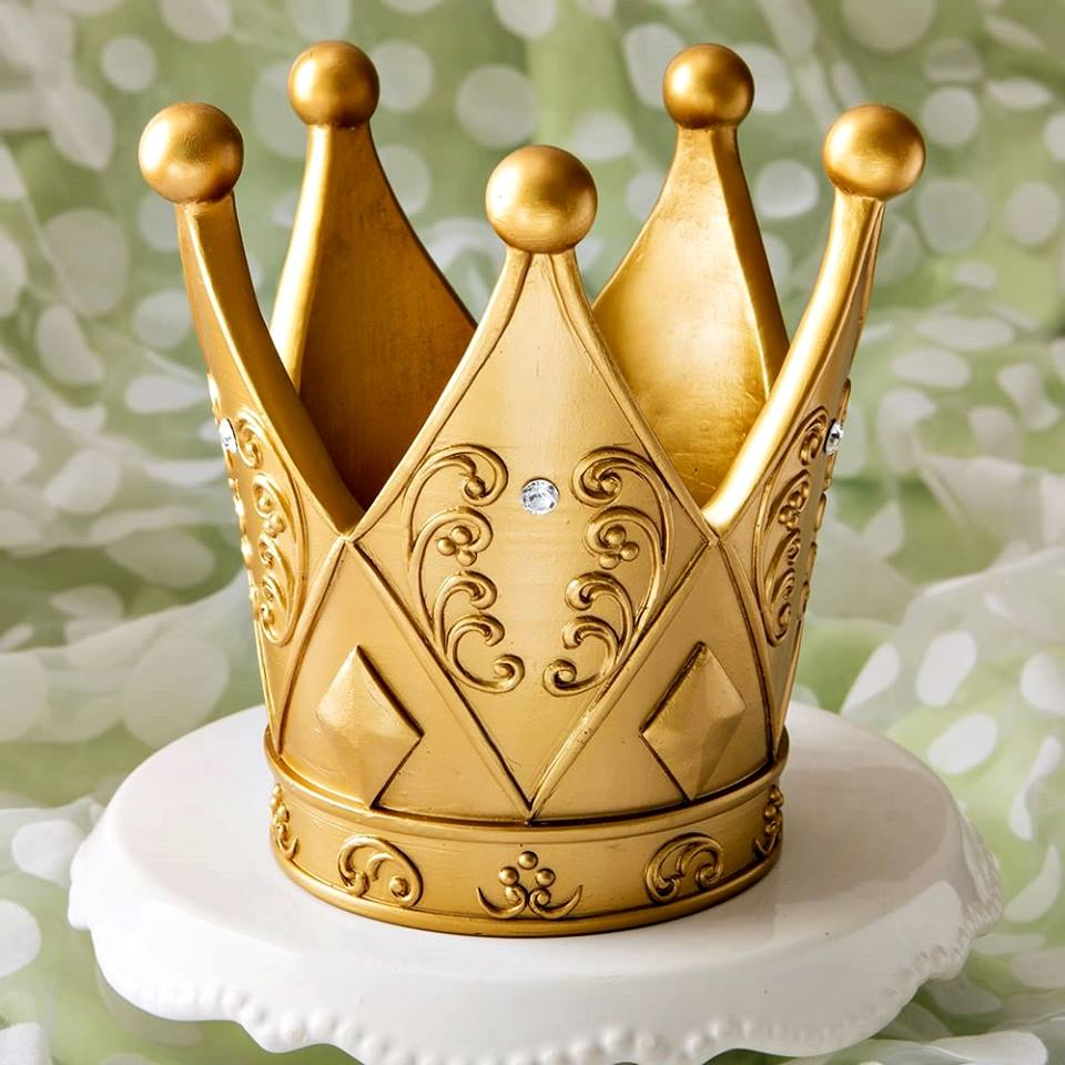 Coroa Real de Resina Dourada
