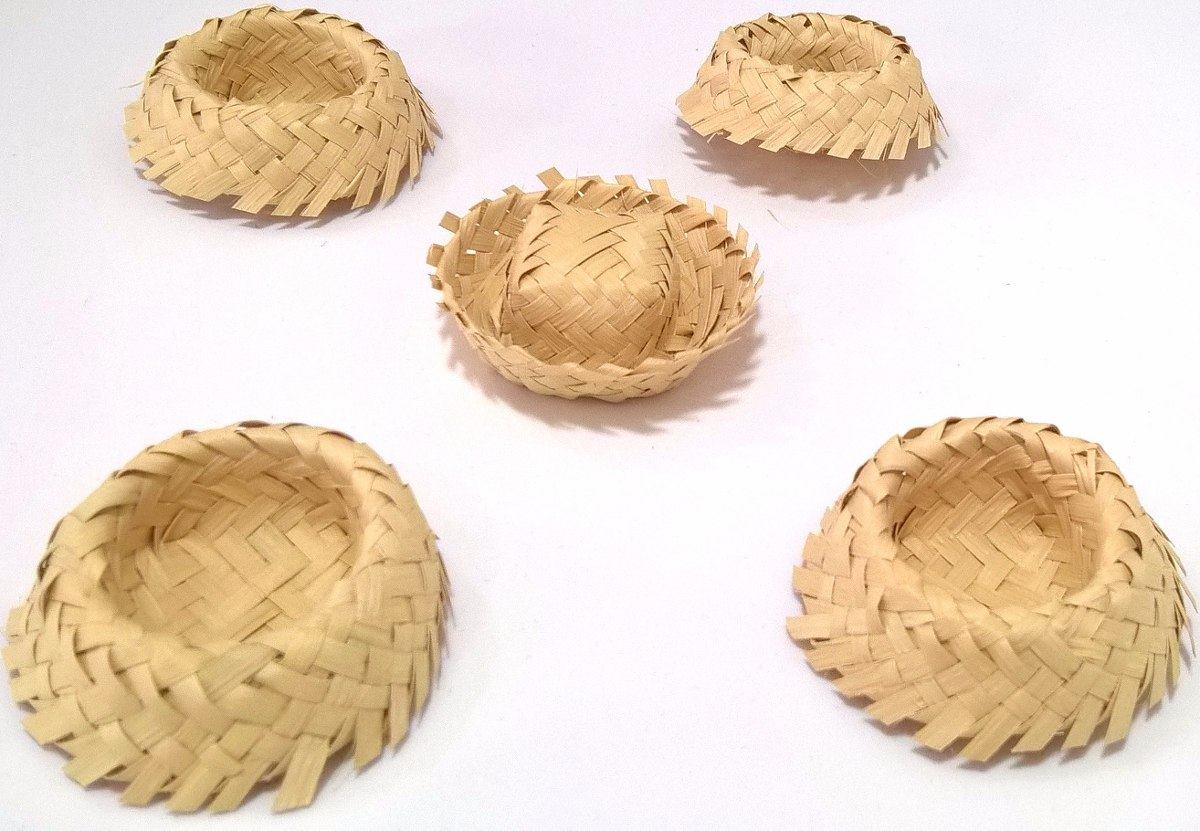 Mini Chapéu de palha