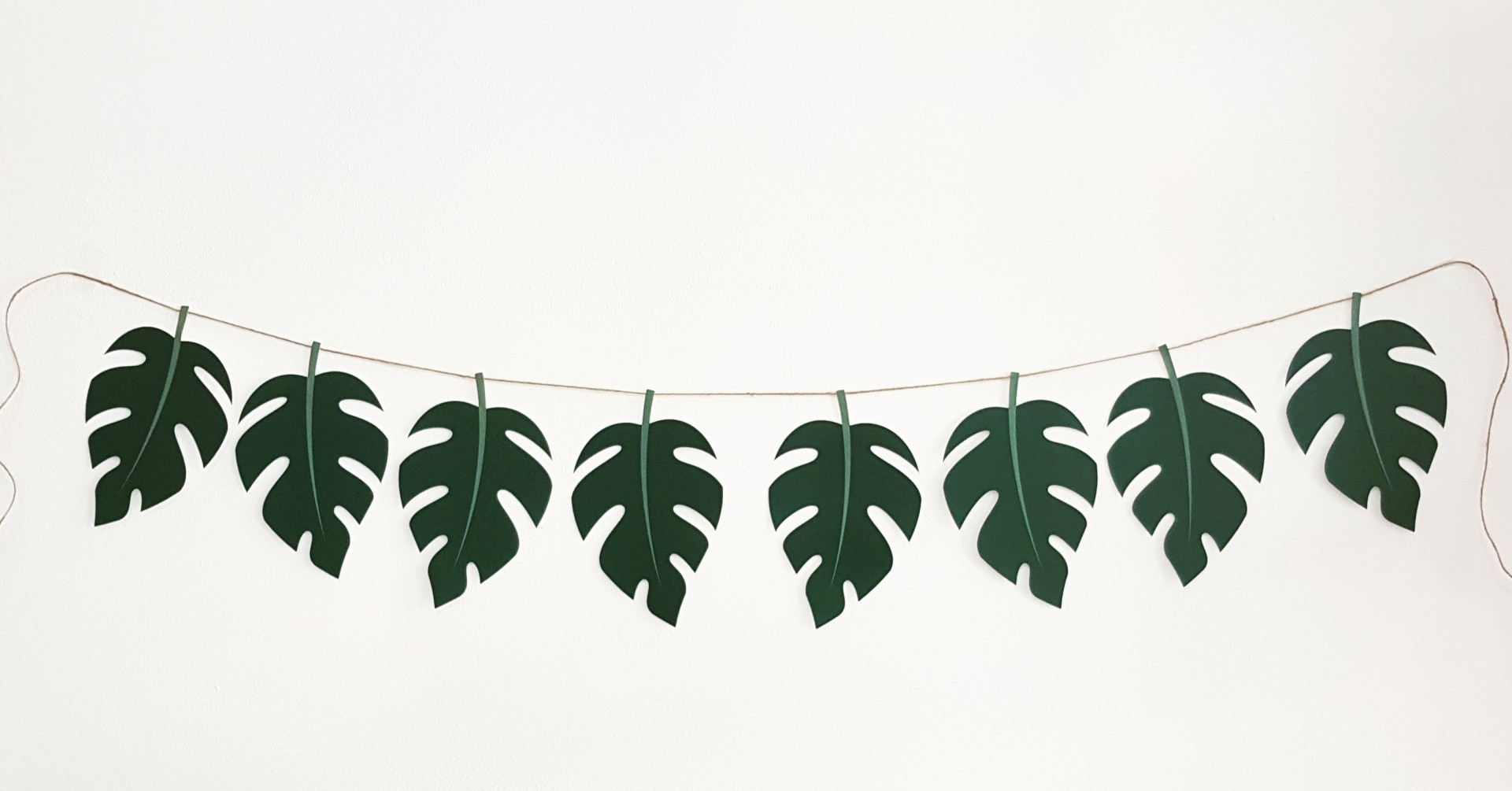 Grinalda Tropical Folhas
