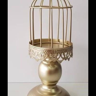 Castiçal Dourado com Campânula Pequeno