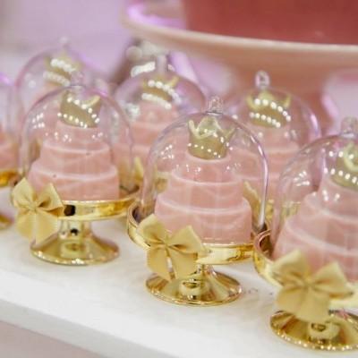 Mini cake Stand Plástico Dourado - 5.5 cm x7.5cm