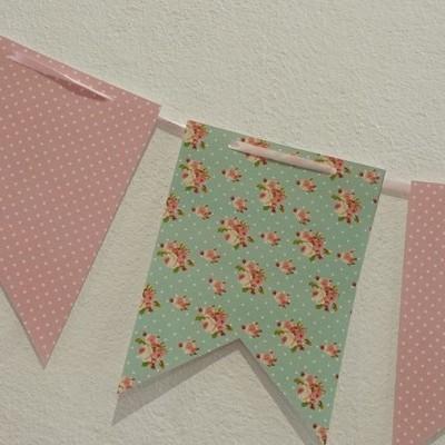 Bandeiras Flores Rosa e Menta