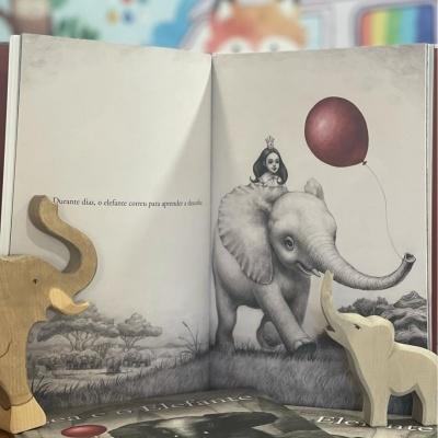 Lea e o Elefante