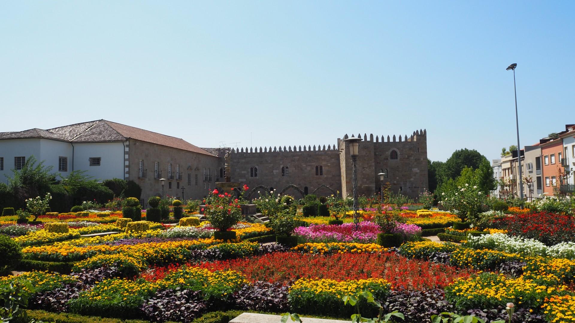 Braga + Guimarães City Tour   Total Pack