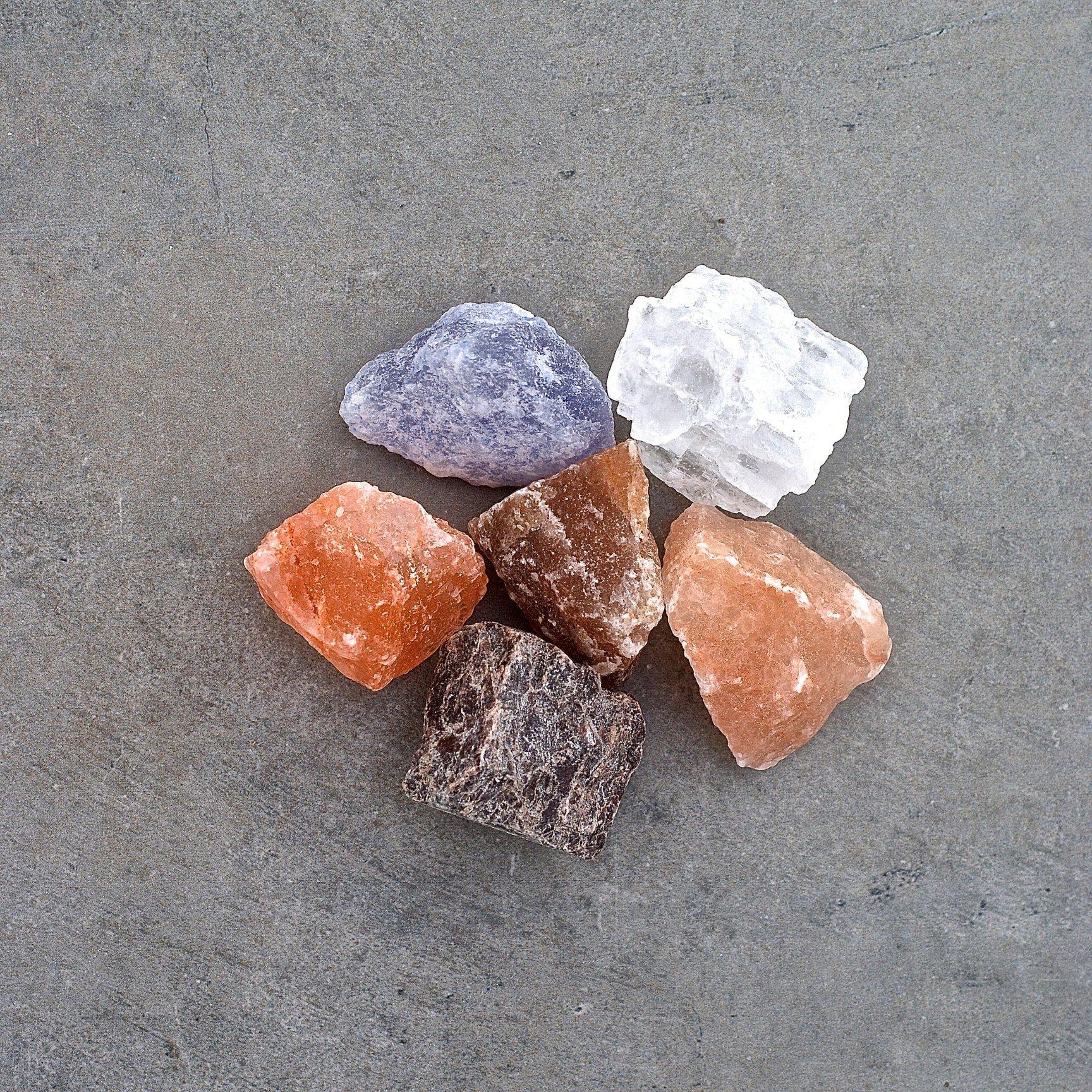 009 TASTE Jr - SELECTION OF SALT ROCKS