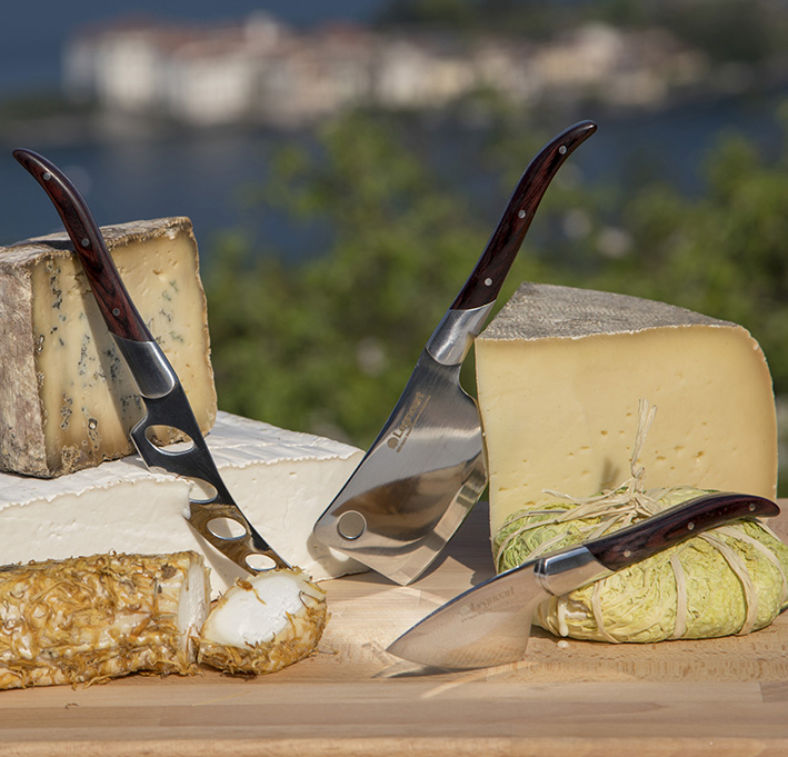"Facas de Queijo / Cheese knife set ""Reggio"" in stainless steel and dark wood"