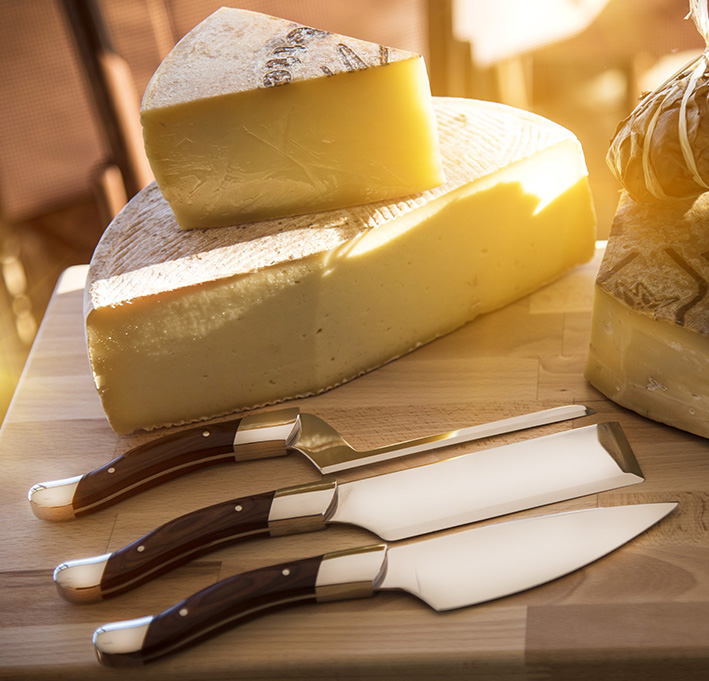 "Facas de Queijo / Cheese knife set ""Fromager"" in stainless steel"