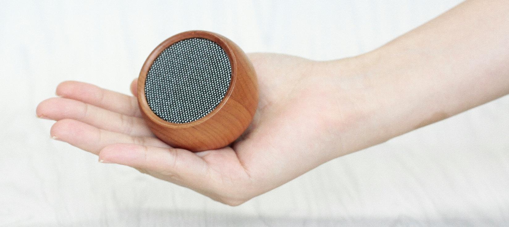 Tumbler Selfie Speaker - Cherry