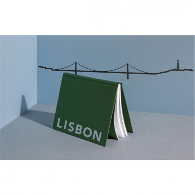 theLine® Small 125 cm - Black _ Lisbon