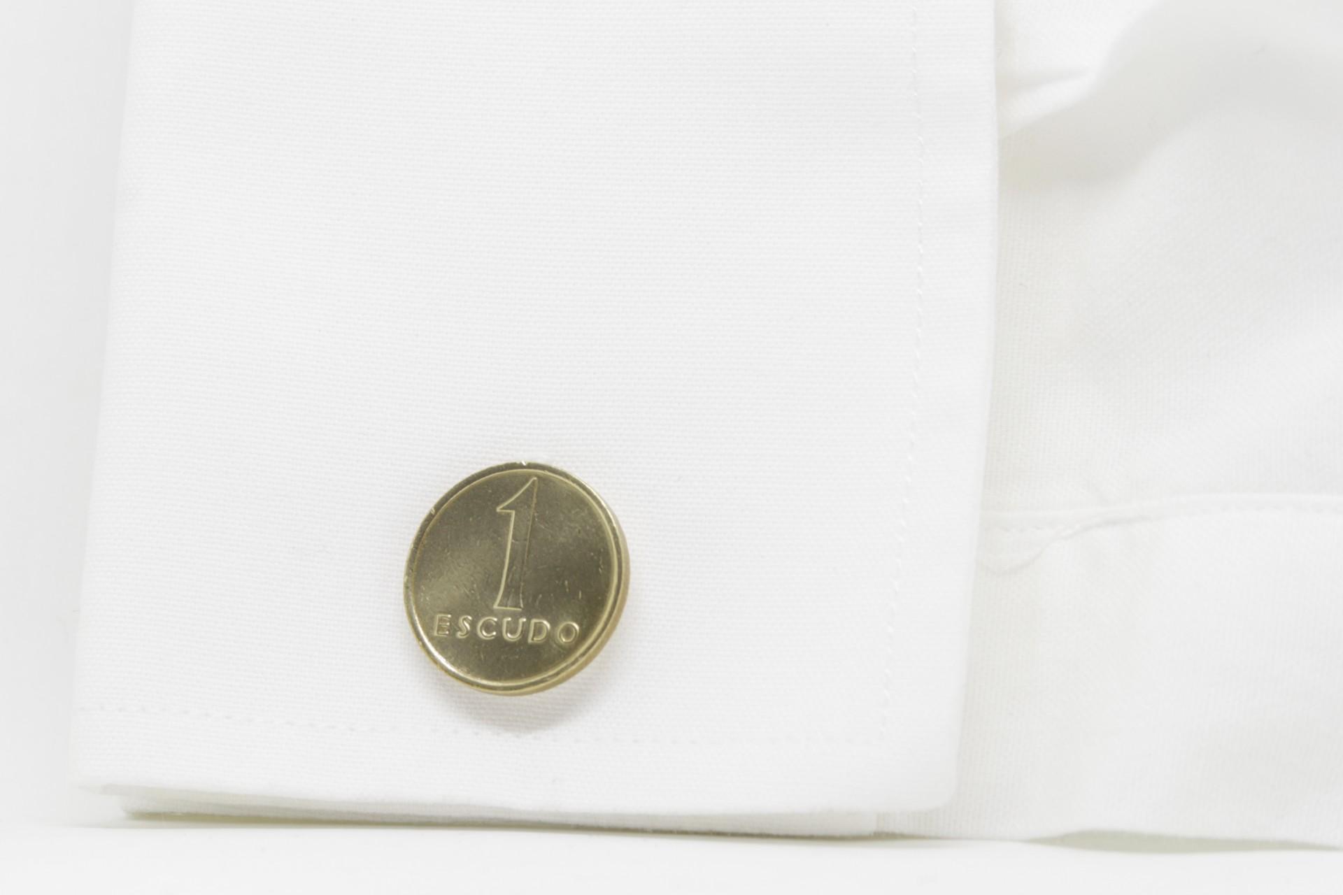 Botões de punho 1$ Escudo