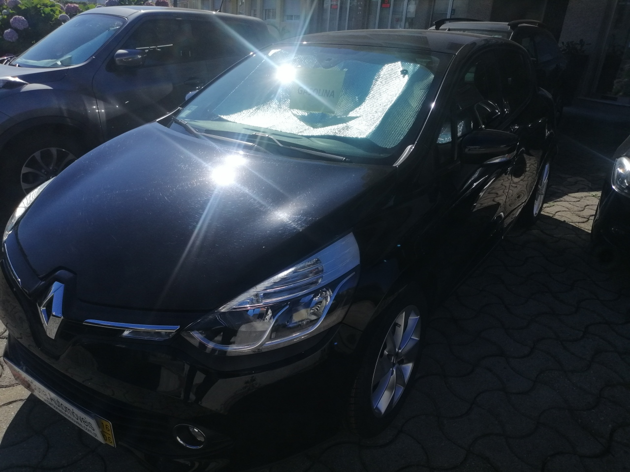RENAULT CLIO O.9 TCE LIMITED