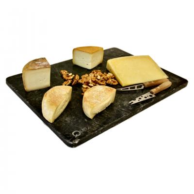 Tábua de 4 queijos Seleccionados para o Casal Mistério