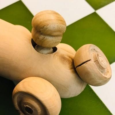 Carrinho de madeira oliveira