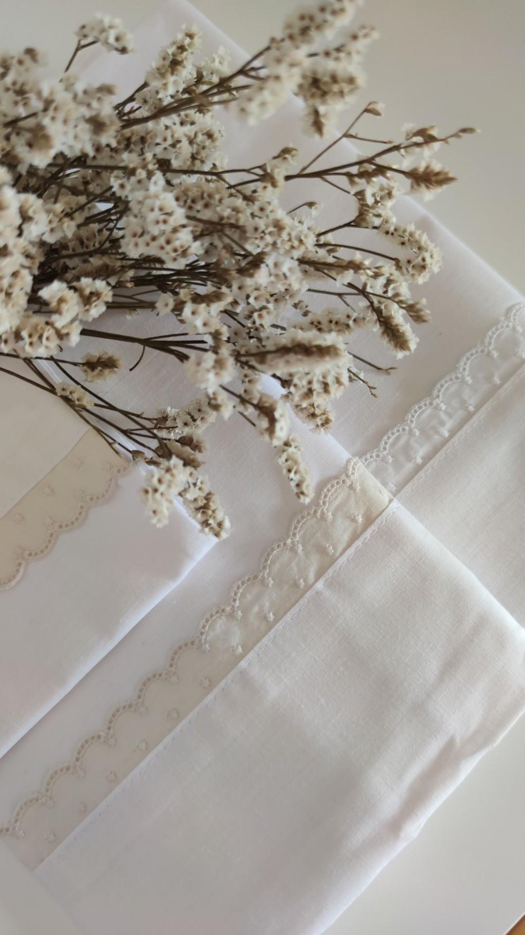 Lençois cama de grades bordado