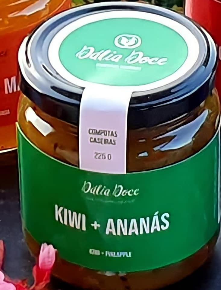 Kiwi + Ananás