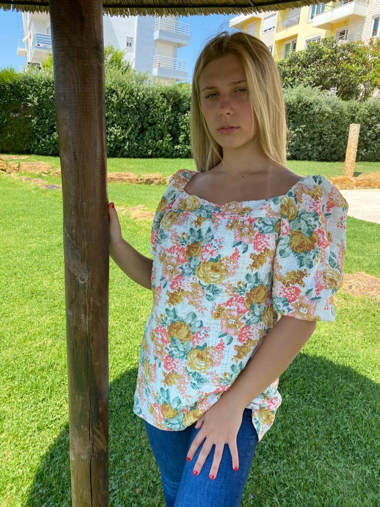Blusa Hera Flores