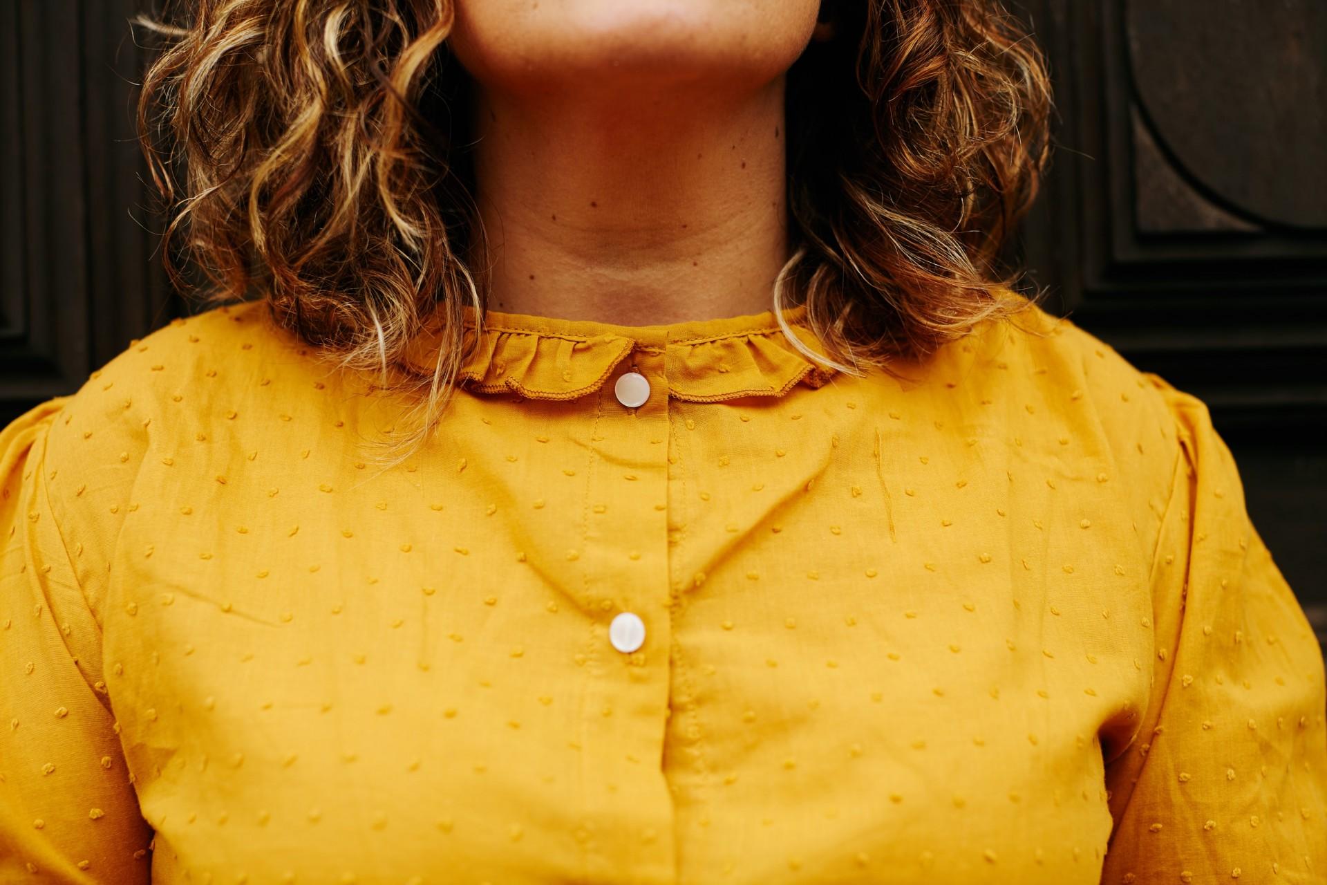 Camisa Be creative mostarda