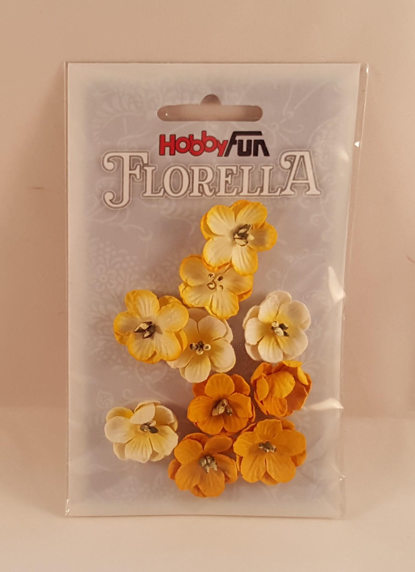 Flores de papel amarelas e brancas para scrapbooking