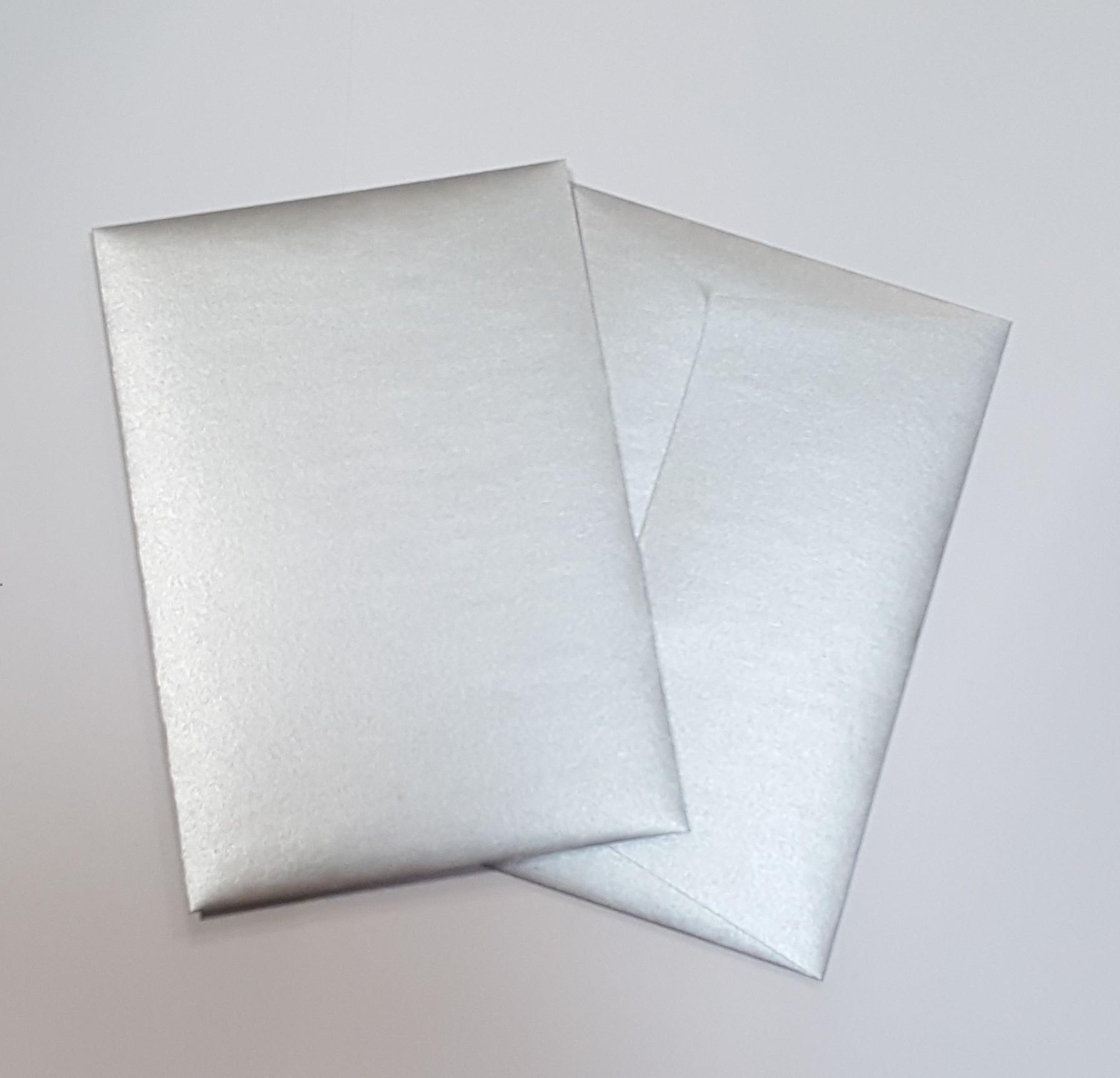 Envelopes C6 metalizados cor prata