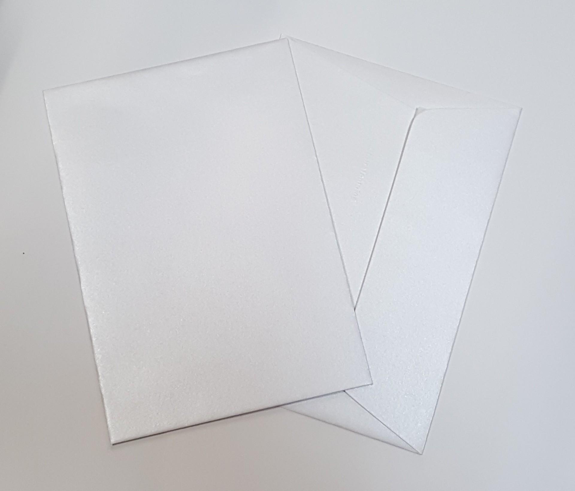 Envelopes C6 metalizados cor pérola