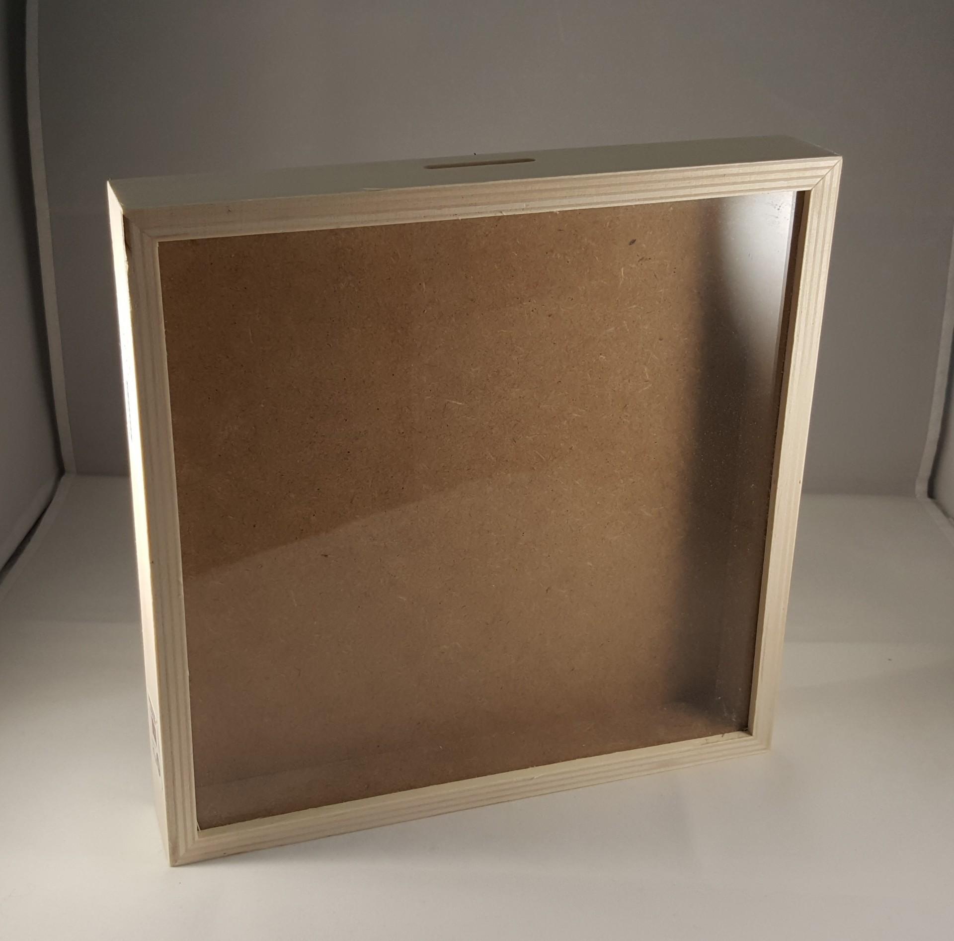 Caixa Mealheiro quadrada grande 25 x 25 cm